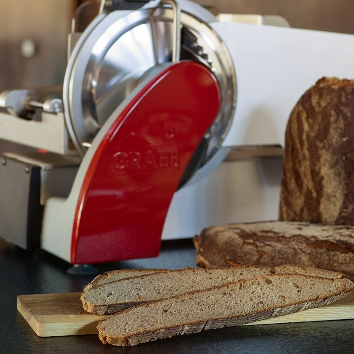 Don't be afraid of wide bread. - On long slices of bread is plenty of room for new bread creations.